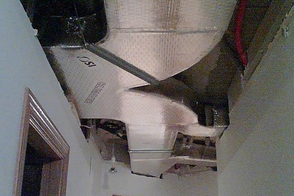Electrofrío Castellón instalando aire acondidionado por conductos